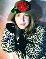 Mayim Bialik Signed 8x10 Photo