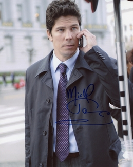Michael Trucco Signed 8x10 Photo