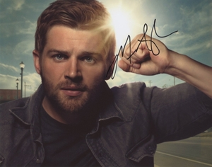 Mike Vogel Signed 8x10 Photo - Video Proof
