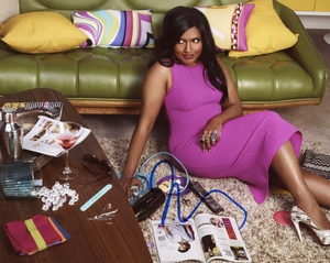 Mindy Kaling Signed 8x10 Photo - Video Proof