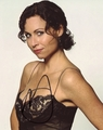 Minnie Driver Signed 8x10 Photo