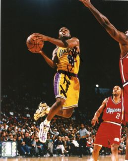 Nick Van Exel Signed 8x10 Photo