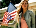 Nicola Peltz Signed 8x10 Photo - Video Proof
