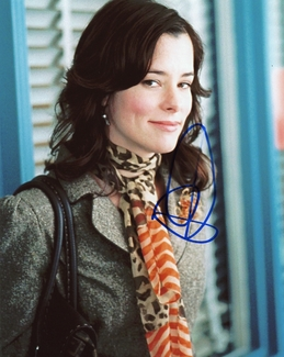 Parker Posey Signed 8x10 Photo