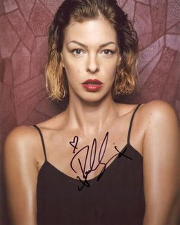 Pollyanna McIntosh Signed 8x10 Photo