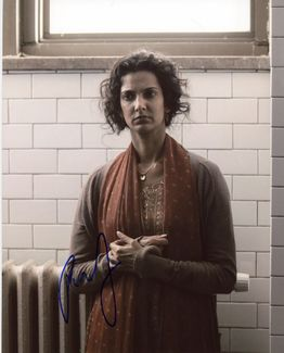 Poorna Jagannathan Signed 8x10 Photo - Video Proof