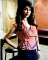 Priyanka Chopra Signed 8x10 Photo - Proof