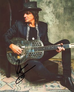 Richie Sambora Signed 8x10 Photo