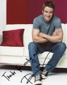 Robert Buckley Signed 8x10 Photo