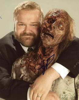 Robert Kirkman Signed 8x10 Photo - Video Proof
