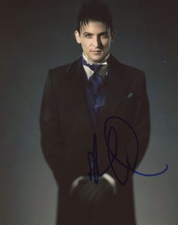 Robin Taylor Signed 8x10 Photo