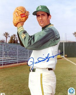 Rollie Fingers Signed 8x10 Photo
