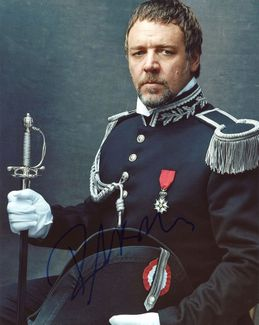 Russell Crowe Signed 8x10 Photo