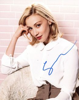Sarah Gadon Signed 8x10 Photo
