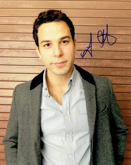 Skylar Astin Signed 8x10 Photo