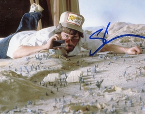Steven Spielberg Signed 8x10 Photo