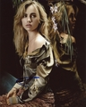 Suki Waterhouse Signed 8x10 Photo