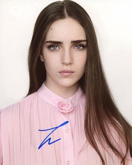 Talia Ryder Signed 8x10 Photo - Video Proof