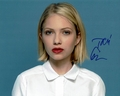 Tavi Gevinson Signed 8x10 Photo
