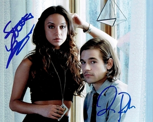 Stella Maeve & Jason Ralph Signed 8x10 Photo