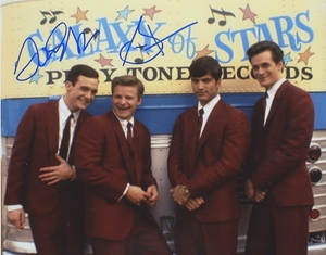 Tom Everett Scott & Steve Zahn Signed 8x10 Photo - Video Proof