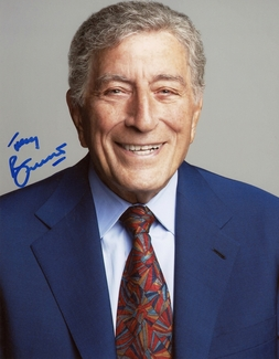 Tony Bennett Signed 8x10 Photo
