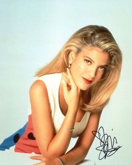 Tori Spelling Signed 8x10 Photo - Video Proof