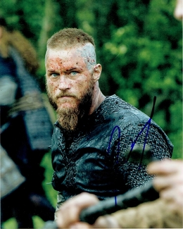 Travis Fimmel Signed 8x10 Photo