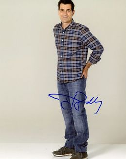 Ty Burrell Signed 8x10 Photo - Video Proof