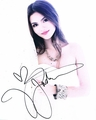 Victoria Justice Signed 8x10 Photo
