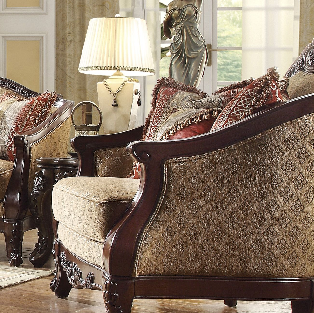 Antique Style Luxury Formal Living Room Furniture Set HD-953