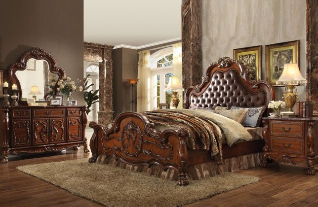 Dresden Ornate Upholstered 4pc Queen Bedroom Set In Traditional