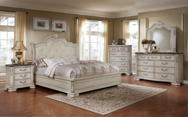 Magnolia Traditional 4pc Queen Bedroom Set Antique White Finish