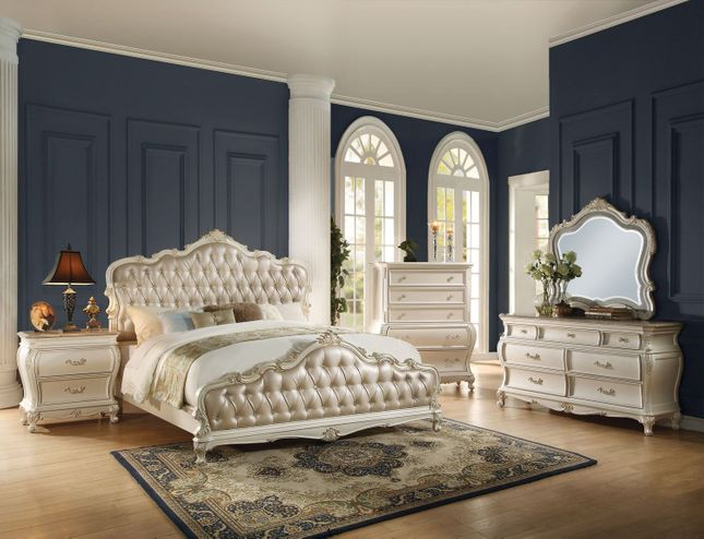 Marquee French Bombe Crystal Tufted Queen 4 Piece Bedroom Set In Pearl White