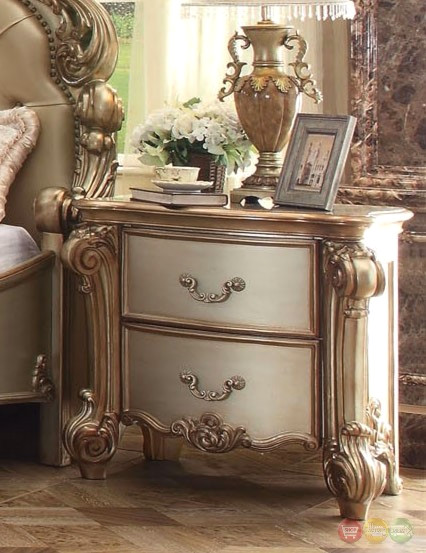 Vendome Traditional 4pc Crystal Button Tufted Queen