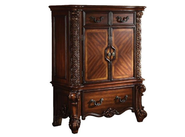 Vendome Victorian Ornate 3-Drawer Chest w/ Scrolled Details in Cherry Wood