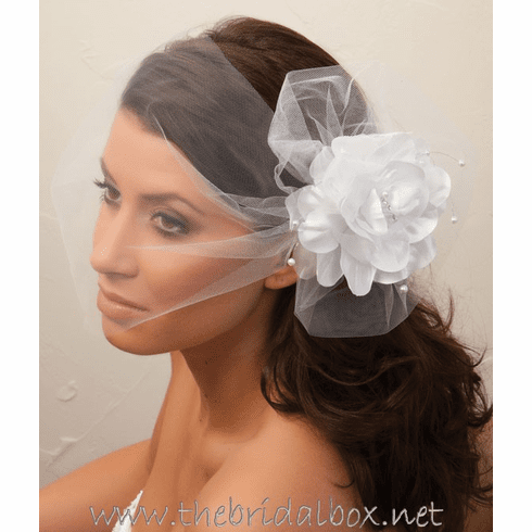 Illusions Bridal Veil - 7027v