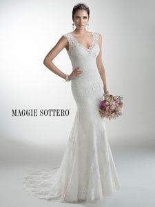 Maggie Sottero Wedding Dress – Melanie