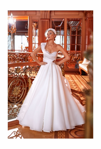 Pollardi Wedding  Collection - <br> Distinction