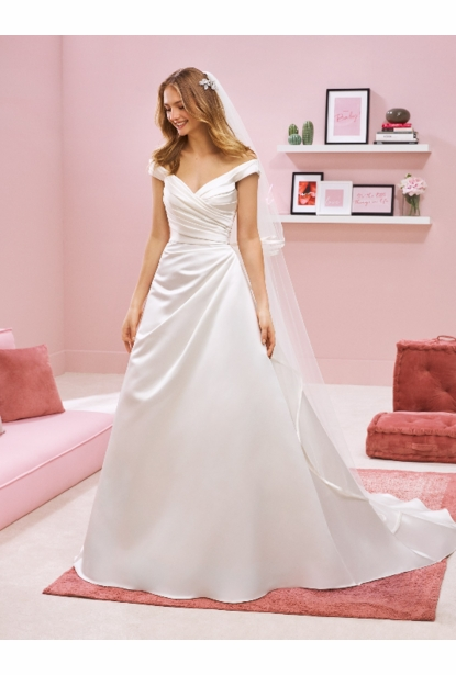Pronovias White One Wedding Dress - Alicai