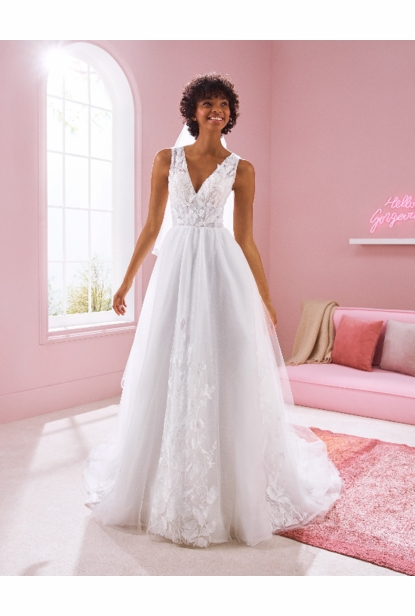 Pronovias White One Wedding Dress - KAREN