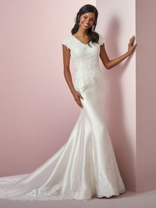Rebecca Ingram Wedding Dress - <br> Laynie Anne