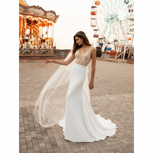 White One Wedding Dress - <br>SAMPLE Kylie $1179