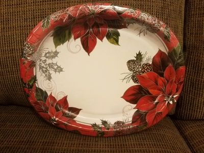 """Christmas Poinsettia Oval Paper Platters, 10"""" x 12"""" 8ct."""