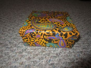 "Small Gold Leopard Square Gift Box 5.5"" x 5.5"" x 2"""