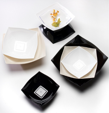 White 16oz. Square Plastic Serving Bowls 4ct.