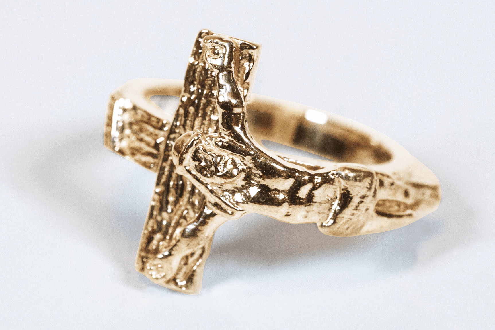 Bliss Manufacturing Men's and Women's 14kt Yellow Gold Jesus Crucifixion Ring