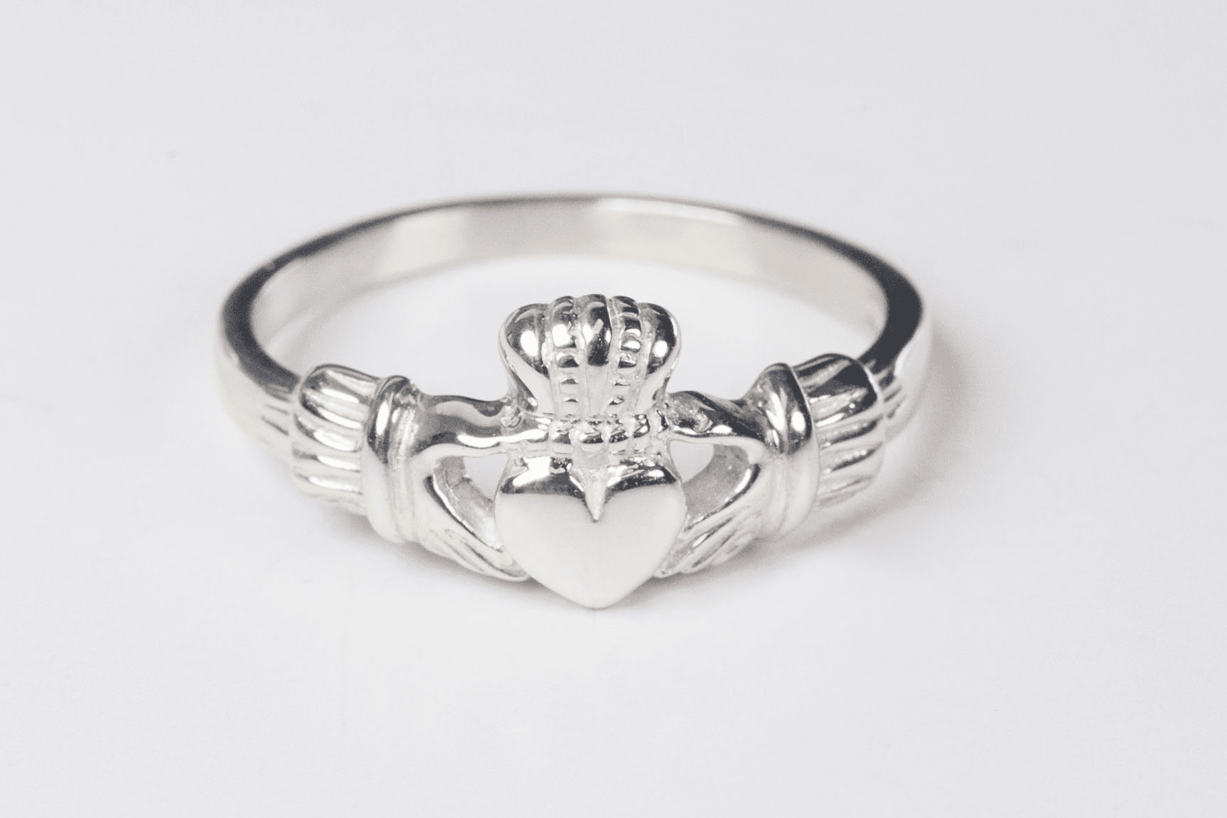 Bliss Women's Sterling Silver Irish Claddagh Ring