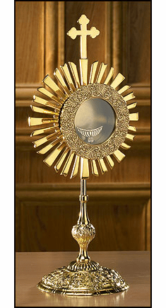 Cross Monstrance with Luna by Stratford Chapel