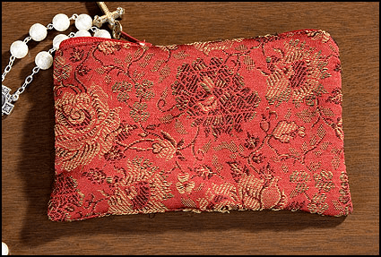 Red Rose Brocade Tapestry Rosary Zipper Cases 4pcs